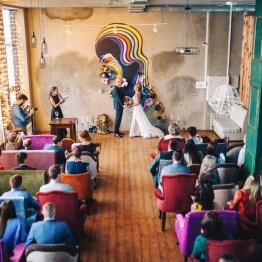 Уют зимы: свадьба в стиле Industrial