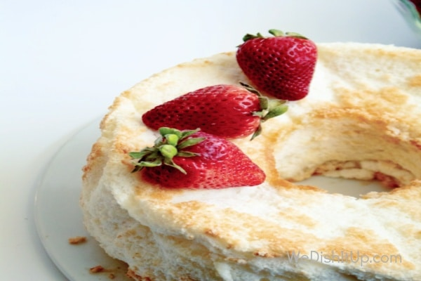 The Best Light and Fluffy Easy Angel Food Cake