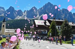 Foto LaPresse - Fabio Ferrari 26/05/2017 Piancavallo, Verbania (Italia) Sport Ciclismo Giro d'Italia 2017 - 100a edizione - Tappa 19 - da San Candido(Val di Fassa) a Piancavallo - 191 km ( 118,6 miglia ) Nella foto:durante la gara.panoramiche Photo LaPresse - Fabio Ferrari May 26, 2017 Piancavallo, Verbania ( Italy ) Sport Cycling Giro d'Italia 2017 - 100th edition - Stage 19 - San Candido to Piancavallo - 191 km ( 118,6 miles ) In the pic:during the race.