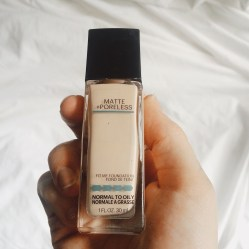 Liquid, matte foundation from maybelline. This is my favorite liquid foundation! After this I then use the Maybelline FIT ME powder. It's literally perfect.