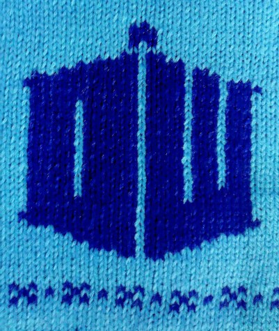 Knitted Doctor Who Logo