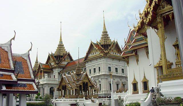 Bangkok 101 by Emmanuel Roldan
