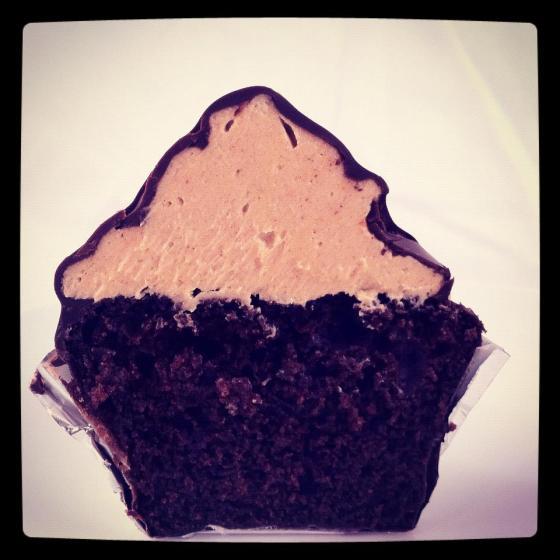 choco pb hi hat cupcake