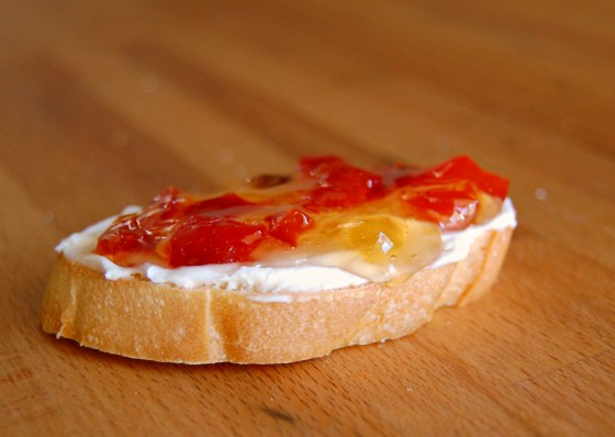 bruschetta red pepper jelly 9829