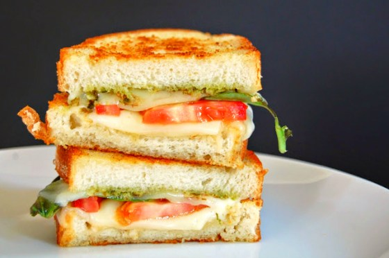 caprese grilled cheese 1266
