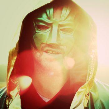 Weedin stellt deutsche Rapper die über das Kiffen berichten vor. Vorne mit dabei ist Marsi vom Mars. Greenberlin.