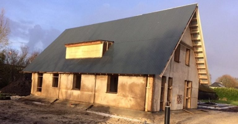 Dun Agro baut Haus aus Hanf in Holland sie benutzen dafür Hanfbeton