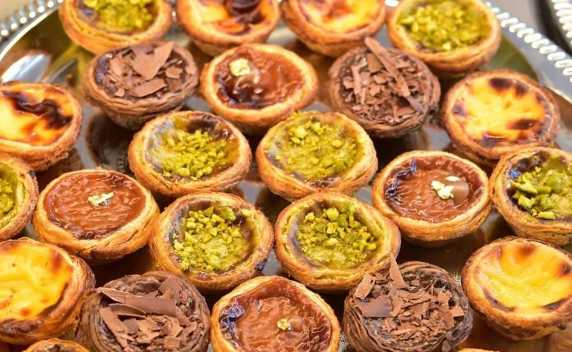 Pasteis de Nata nature - pistache - chocolat - Confeitaria Nacional - Lisbonne