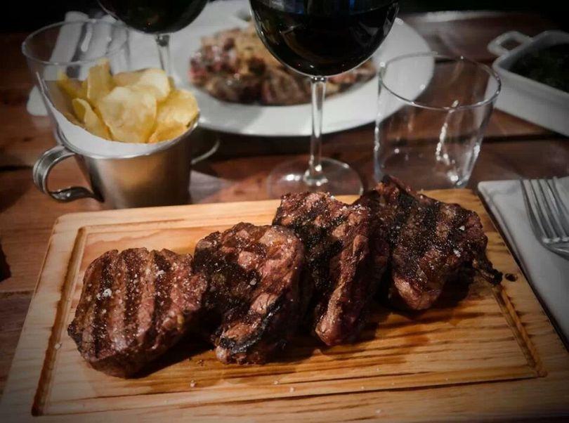 Plat de viande de l'Alentejo - Vicente by Carnalentejana - Lisbonne