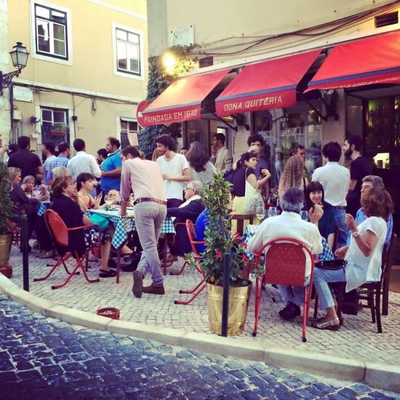 terrasse-restaurant-dona-quiteria-lisbonne