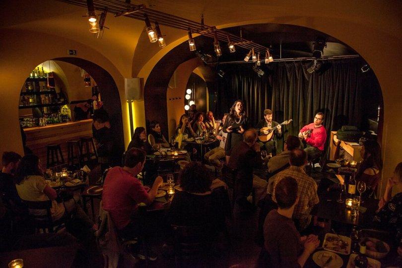 Fado au Restaurant Povo - Cais do Sodre - Lisbonne