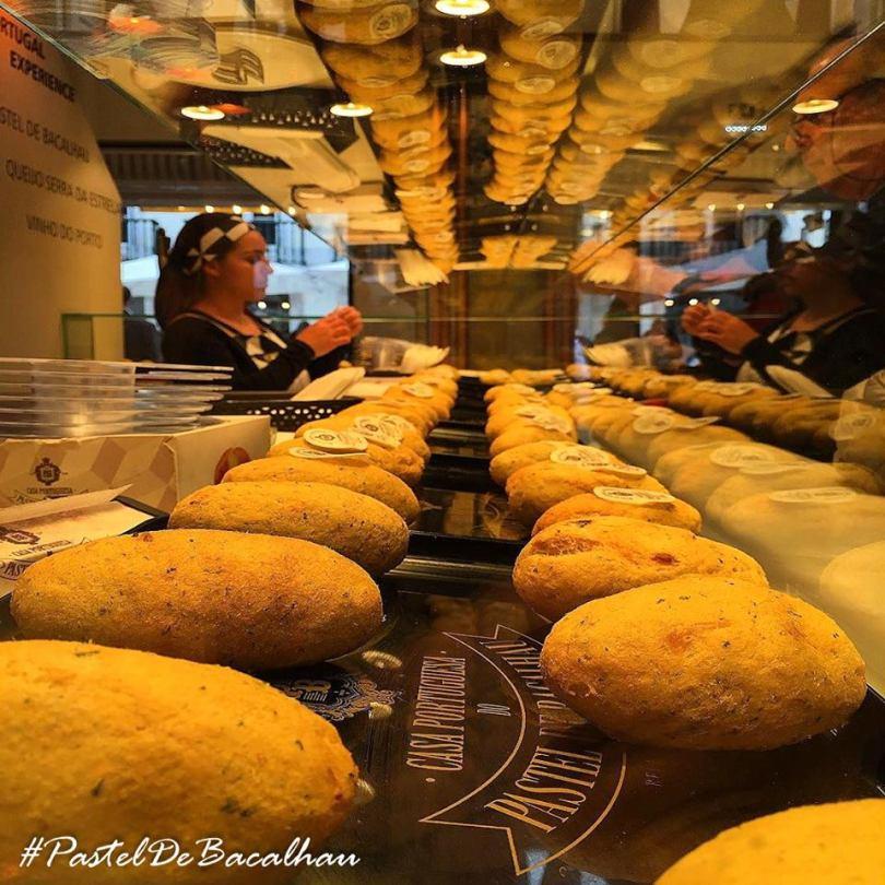 vitrine-casa-portuguesa-pastel-bacalhau-vitrine-lisbonne