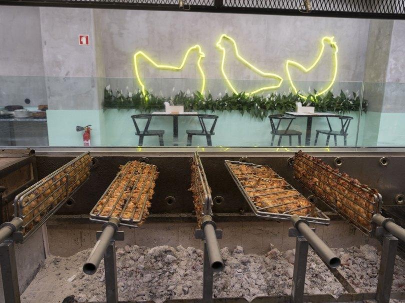 Poulet sur le grill - Restaurants Cucurico - LX Factory - Lisbonne