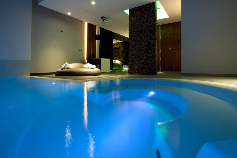 Mood Motel Private Suites - Chambre avec piscine et jacuzzi prives - Hotel Lisbonne