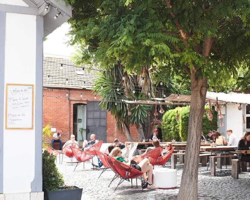 Terrasse du Cafe na Fabrica - Bar et snack - Lx Factory - Lisbonne