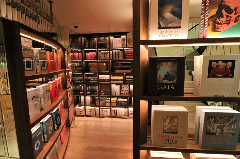 Corner librairie editions Assouline - JNcQUOI - Lisbonne