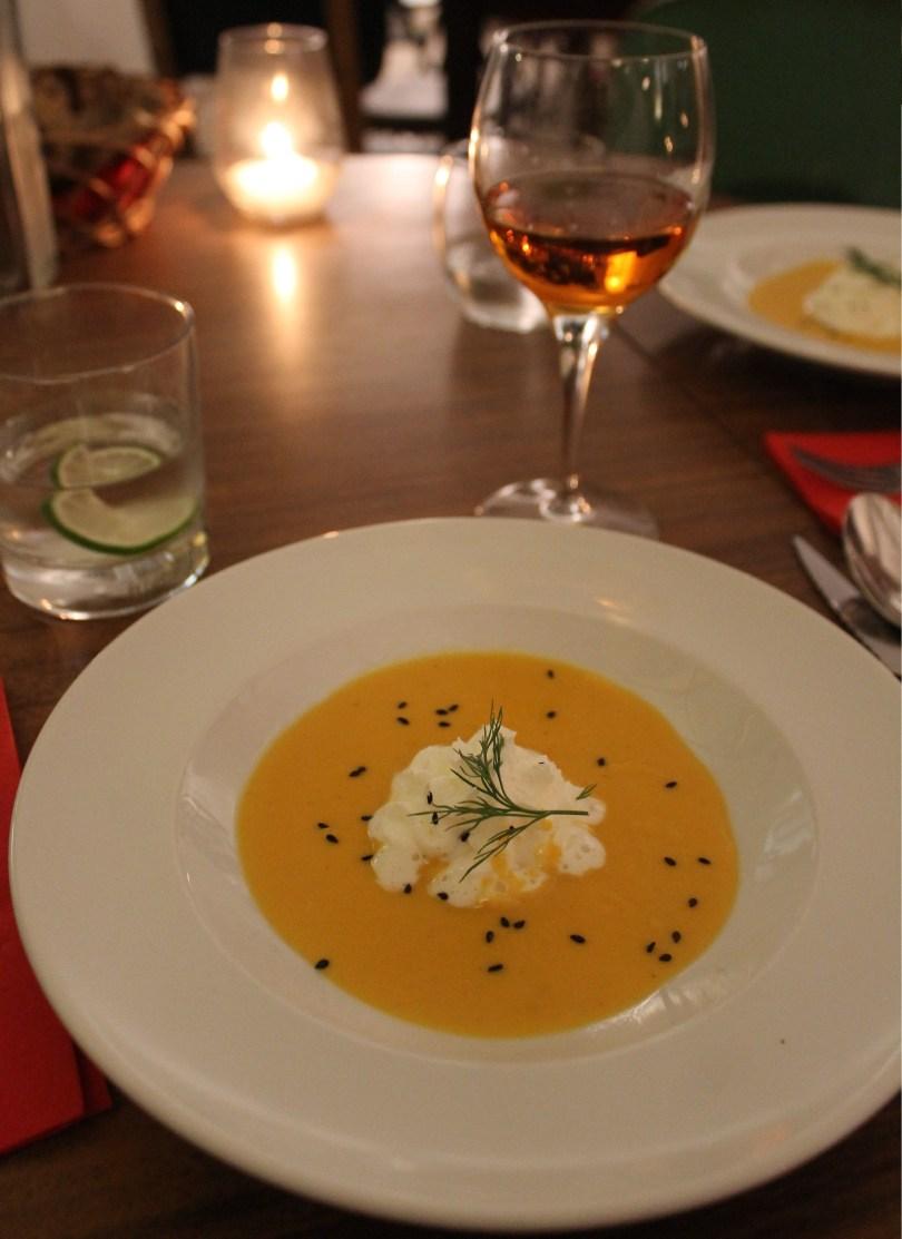 Creme de carotte et patate douce - Amuse bouche - Restaurant Legaaal - Bairro Alto - Lisbonne