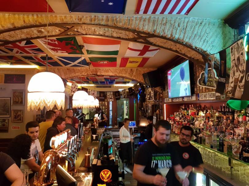 Cheers - Pub irlandais et discotheque - Lisbonne