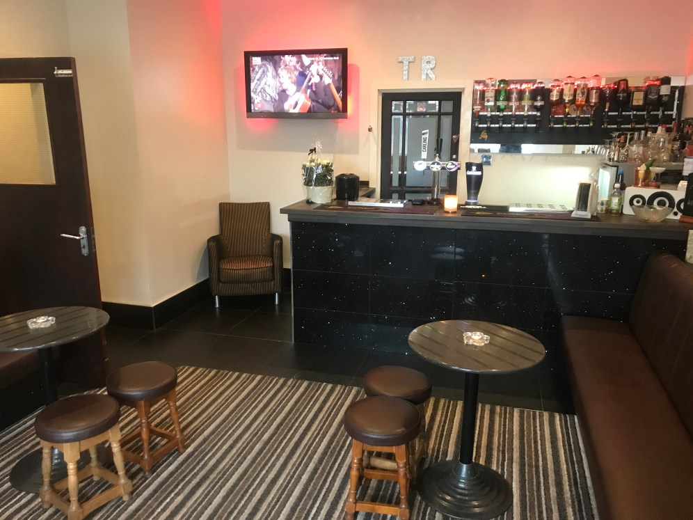 Weekend Blackpool Green Group Hotel Bar 2