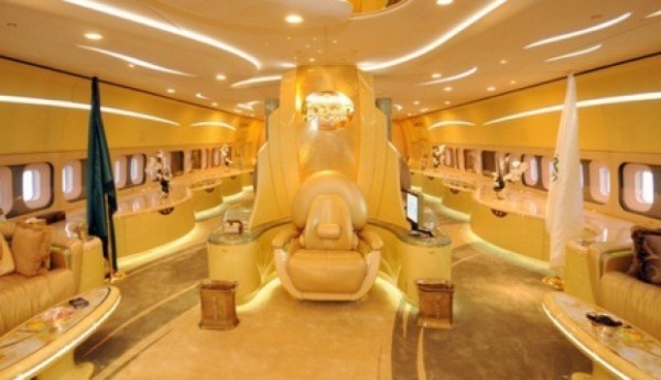 Saudi-Prince-Airbus-A380-Luxury-plane