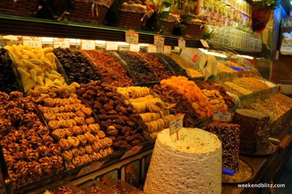 More spices for sale in the Egyptian Spice Market