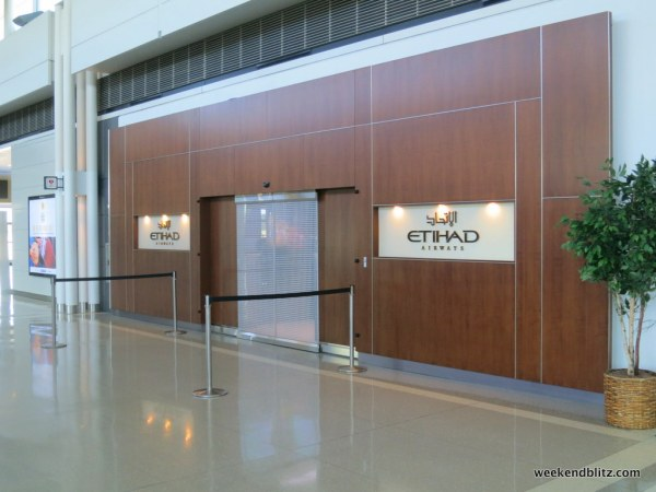 Entrance to the Etihad Business/First Lounge