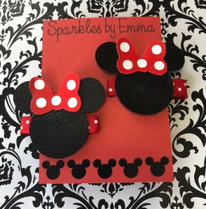 leather Minnie Mouse hair clips made with cricut