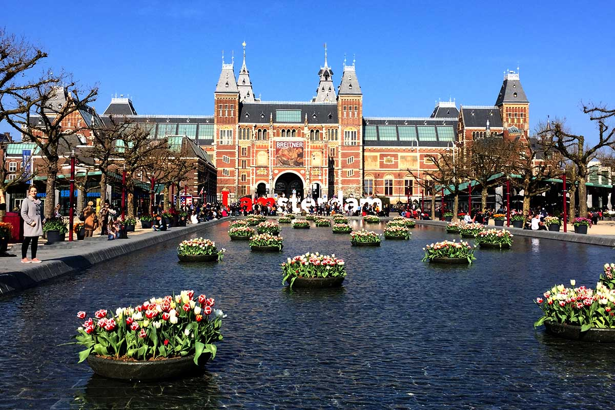 10 Reasons You Must Visit Amsterdam This Summer!