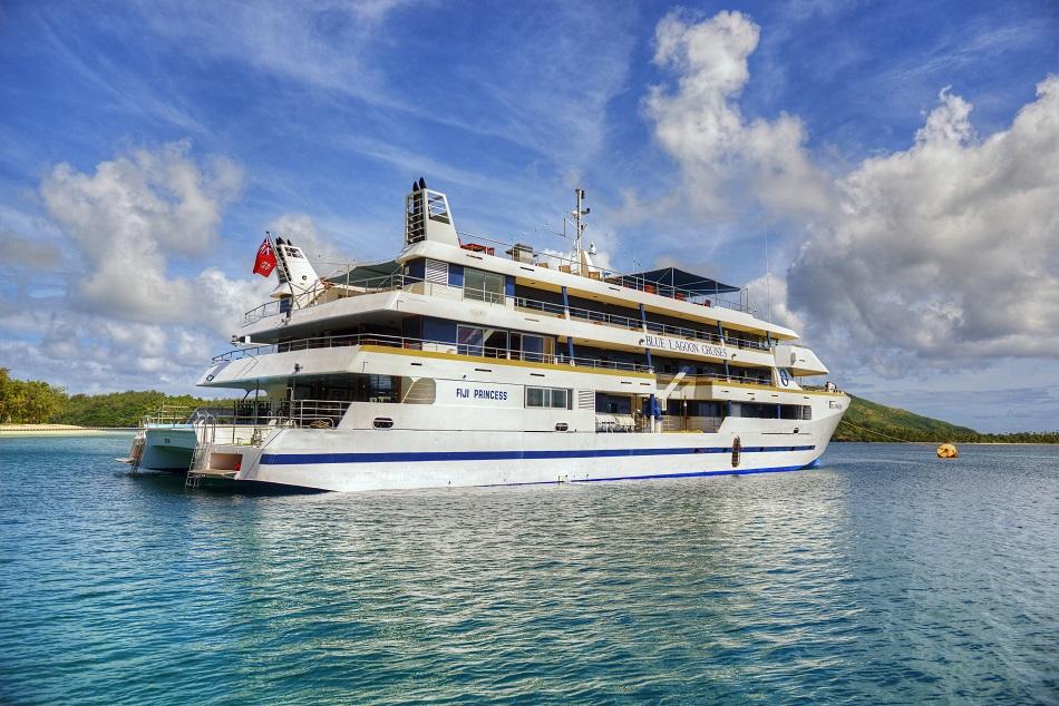 3 Fiji Cruises You Should Take