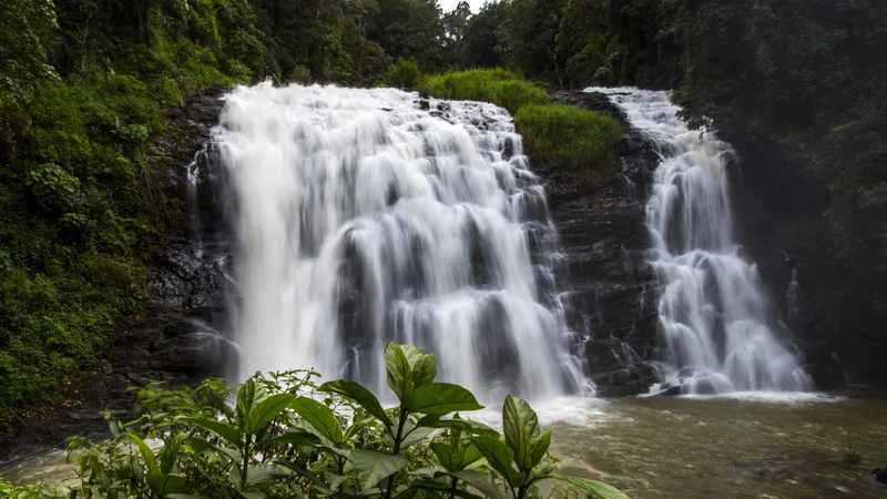4 Beautiful Waterfalls Of Karnataka