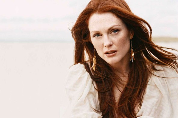 Credits: Julianne Moore website