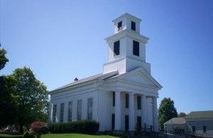 """Freedom Congregational Church"" by JonRidinger - Own work. Licensed under CC BY 3.0 via Wikimedia Commons"