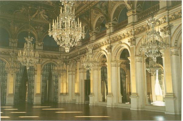 paris-hotel-de-ville-9-50.JPG