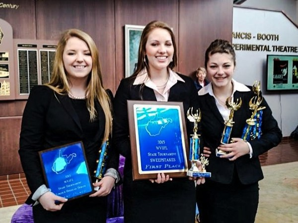 Lisa Fanning, Jordan Crow, and Aimee Schultz each won state titles during the competition.