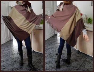 Een nieuwe poncho gemaakt van dassen door Christine