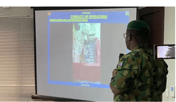 BREAKING!! Nigerian Army Finally Admits Given Live Bullets To Soldiers Deployed To Protesters At Lekki Tollgate gate