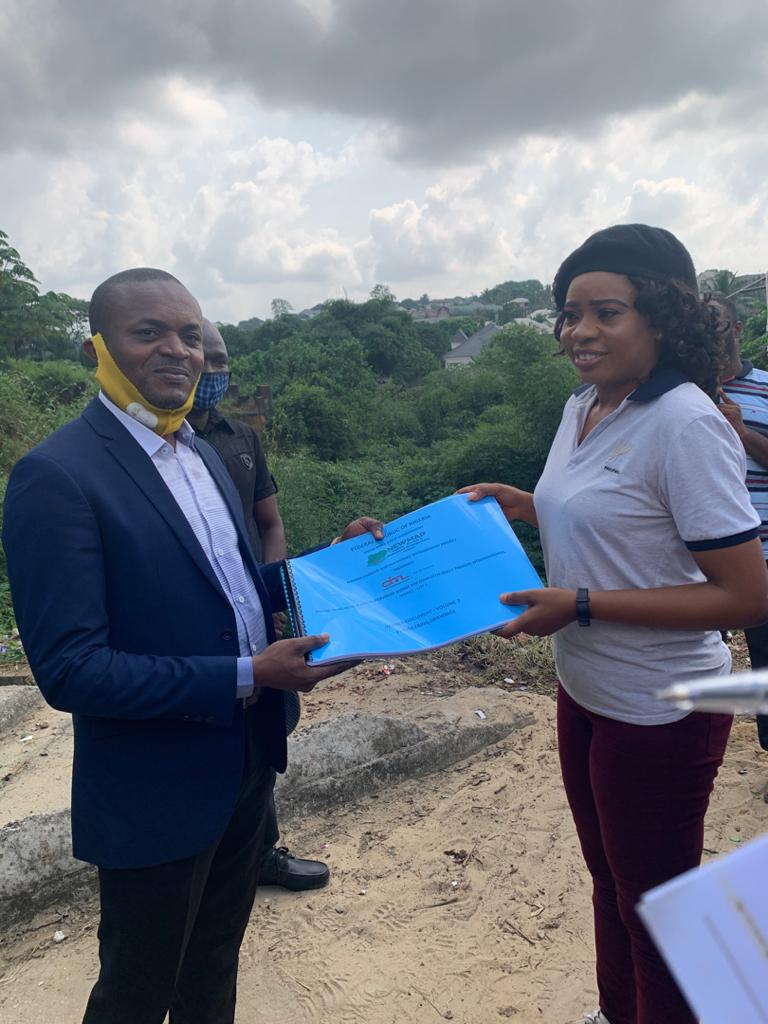 Excitement As Cross River Govt, NEWMAP Hands Over Design For Construction of Gully Erosion Sites To Communities