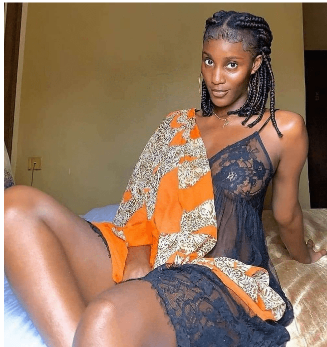 Beautiful Lady Cries Out, Says She Need A Man That Can 'Make Love' To Her 10-Times Without Being Tired (See Her Phone Number)