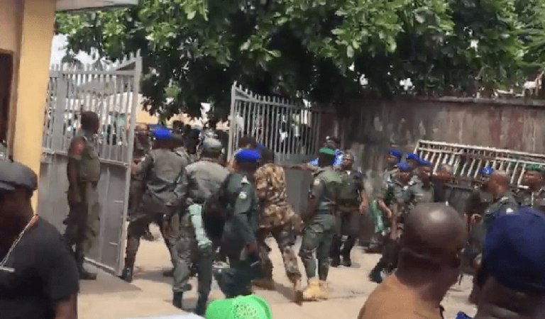 BREAKING!! Heavy Shootings Ongoing, 3 Confirmed Dead As Police And Soldiers Clash [VIDEO]