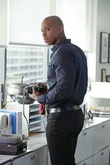 """""""Falling"""" -- Kara turns on her friends and the citizens of National City after being exposed to Red Kryptonite makes her malicious and dangerous, on SUPERGIRL, Monday, March 14 (8:00-9:00 PM, ET/PT) on the CBS Television Network. Pictured: Mehcad Brooks Photo: Michael Yarish/CBS ©2016 CBS Broadcasting, Inc. All Rights Reserved"""