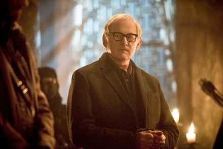 """DC's Legends of Tomorrow -- """"Left Behind"""" -- Image LGN109C_0069b.jpg -- Pictured: Victor Garber as Professor Martin Stein -- Photo: Dean Buscher/The CW -- © 2016 The CW Network, LLC. All Rights Reserved."""