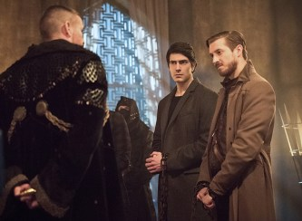 """DC's Legends of Tomorrow -- """"Left Behind"""" -- Image LGN109C_0150b.jpg -- Pictured: Matt Nable as Ra's Al Ghul, Brandon Routh as Ray Palmer/Atom and Arthur Darvill as Rip Hunter -- Photo: Dean Buscher/The CW -- © 2016 The CW Network, LLC. All Rights Reserved."""