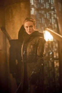 Image LGN109C_0249b.jpg -- Pictured: Caity Lotz as Sara Lance/White Canary -- Photo: Dean Buscher/The CW -- © 2016 The CW Network, LLC. All Rights Reserved.