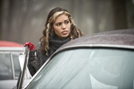 """DC's Legends of Tomorrow -- """"Left Behind"""" -- Image LGN109B_0194b.jpg -- Pictured: Ciara Renee as Kendra Saunders/Hawkgirl -- Photo: Diyah Pera/The CW -- © 2016 The CW Network, LLC. All Rights Reserved."""