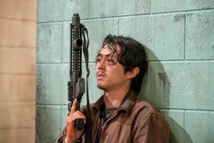 Steven Yeun as Glenn Rhee - The Walking Dead _ Season 6, Episode 13 - Photo Credit: Gene Page/AMC