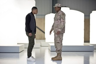 """DC's Legends of Tomorrow -- """"Last Refuge""""-- Image LGN112b_0407b.jpg -- Pictured: Franz Drameh as Jefferson """"Jax"""" Jackson and Eli Goree as James Jackson -- Photo: Dean Buscher/The CW -- © 2016 The CW Network, LLC. All Rights Reserved."""