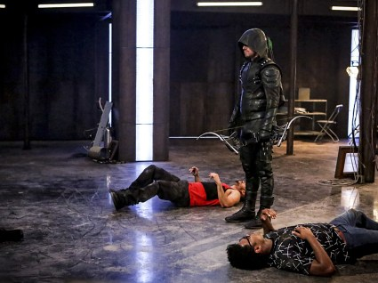 "Arrow -- ""The Recruits"" -- Image AR502a_0162b.jpg -- Pictured (L-R): Rick Gonzales as Rene Ramirez/Wild Dog and Stephen Amell as Green Arrow and Echo Kellum as Curtis Holt -- Photo: Bettina Strauss/The CW -- © 2016 The CW Network, LLC. All Rights Reserved."