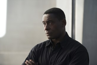 """Supergirl -- """"Welcome to Earth"""" -- Image SPG203c_0235 -- Pictured: David Harewood as Hank Henshaw -- Photo: Diyah Pera/The CW -- © 2016 The CW Network, LLC. All Rights Reserved"""