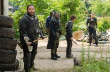 Khary Payton as Ezekiel, Lennie James as Morgan Jones, Cooper Andrews as Jerry, Logan Miller as Benjamin, Kerry Cahill as Dianne - The Walking Dead _ Season 7, Episode 2 - Photo Credit: Gene Page/AMC