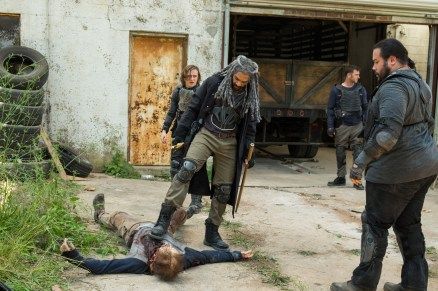 Khary Payton as Ezekiel, Lennie James as Morgan Jones, Cooper Andrews as Jerry, Logan Miller as Benjamin - The Walking Dead _ Season 7, Episode 2 - Photo Credit: Gene Page/AMC